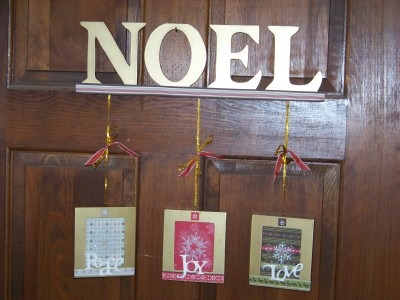 Noel_sign_full_shot_ribbon_added