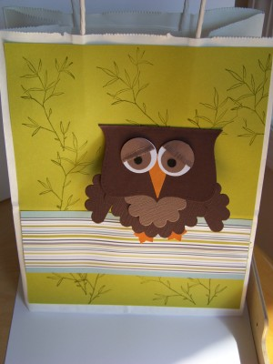 Oct_sc_08_owl_bag