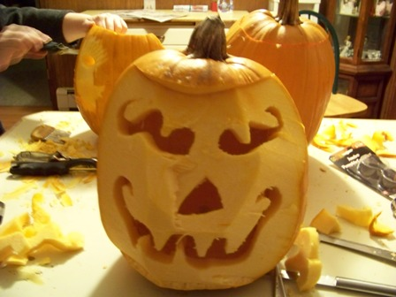 Pumpkin_carvin_08_dads